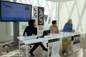 Mesa de la Rueda de Prensa de UNAF y Ascensión Iglesias, presidenta de la Unión de Asociaciones Familiares (UNAF) presenta a los participantes